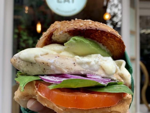 Cucina Eat Burger poulet guacamole